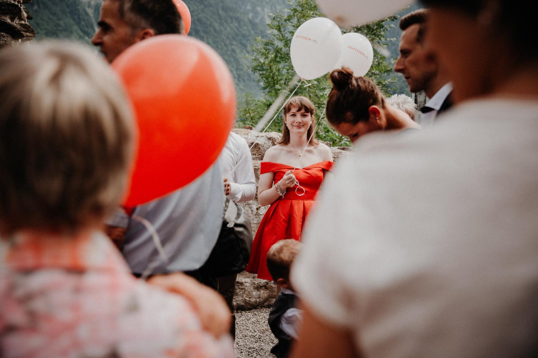 Hochzeitsfotografin Bern Schweiz Interlaken kirchliche Trauung Apéro