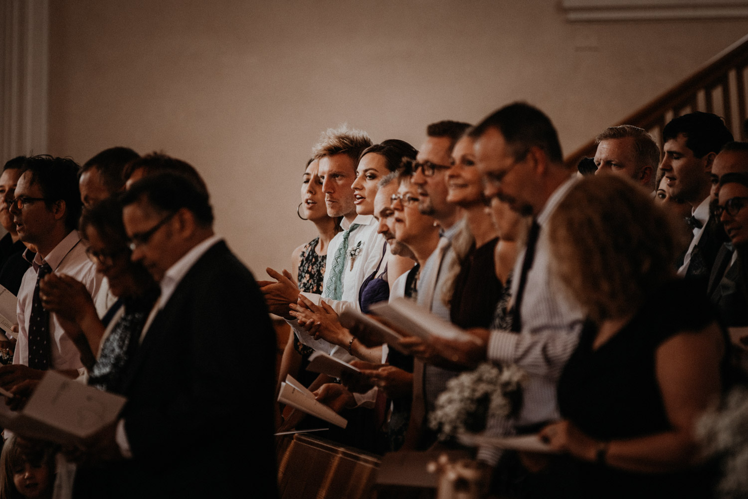 wedding photographer switzerland singing church