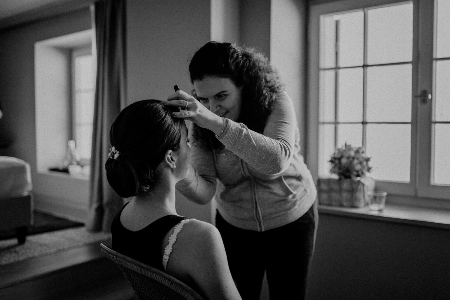 wedding photographer in St. Ursus Cathedral Solothurn Switzerland documentary style Swiss wedding photographer getting ready La Couronne
